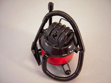 "g8648 1"" scale miniature shop vac"