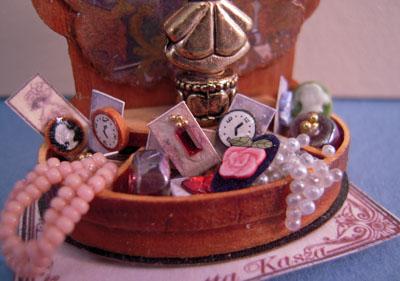 "Loretta Kasza 1"" Scale Wooden Jewelry Display"