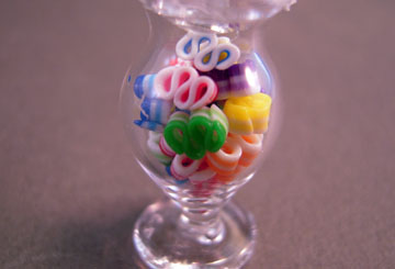 loc20 1&quot; scale jar of ribbon candy