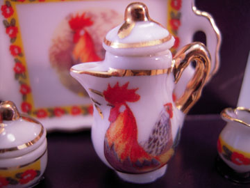 "r3568 1"" scale rooster coffee set"