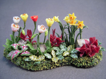 "Falcon 1/2"" Scale Landscape Flower Bed"