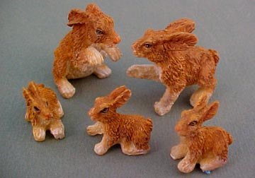 1&quot; Scale Five Piece Bunny Family