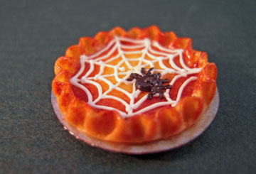 "1"" Scale Black Spider Web Pie"
