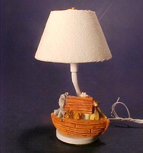 "1"" Scale Noah's Ark Table Lamp"