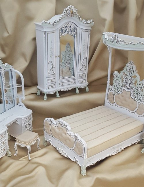Majestic Mansions Five Piece Hand Painted Le Cristina Bedroom Set 1:12