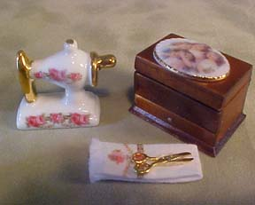 1&quot; Scale Sewing Box Set