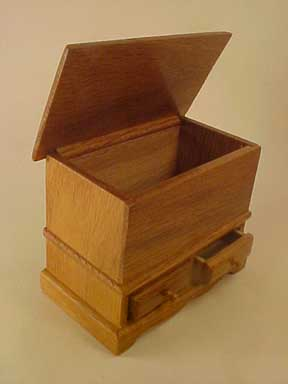 "Townsquare 1"" Scale Oak Toy Box"