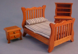 "1/2""  Scale Double Bed Set with Hutch, Pecan"
