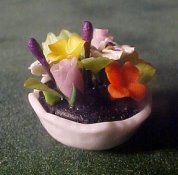 "1/2"" Scale Small Flower Arrangement"