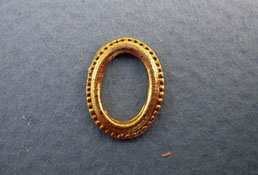 "1/2"" Scale Miniature Gold Oval Picture Frame"