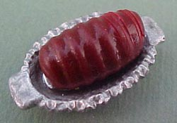 1&quot; Scale Cranberry Sauce