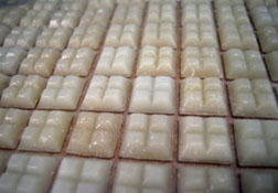 "Houseworks 1"" Scale Beige Glass Mosaic Flat Tile Sheet"