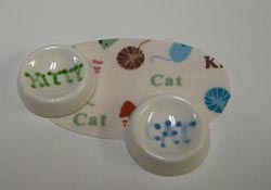 "1"" Scale Kitty Cat Bowls and Mat Set"