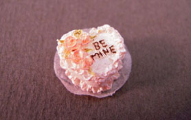 "1/2"" Scale Miniature Valentine's Day Cake"