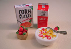 Bright deLights Cornflakes and Strawberries Four Piece Set 1:12