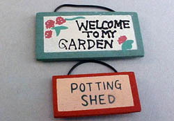 "1"" Scale Miniature Wooden Garden Signs"