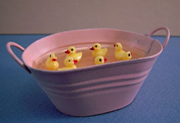 "1"" Scale Karen Aird Hand Crafted Tub Of Baby Ducks"