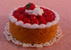 "1"" Scale Strawberry Cheese Cake"