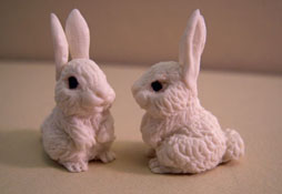"1"" Scale Bright deLights Pair Of White Bunnies"