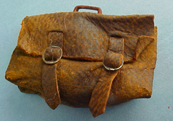 1&quot; Scale Old Worn Brief Case