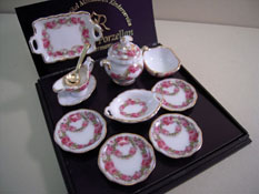 "1"" Scale Roseband Dinner Set for Four"