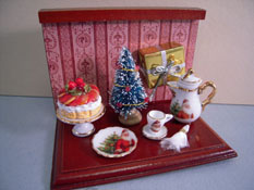"Reutter Porcelain 1"" Scale Miniature Christmas Coffee Vignette"