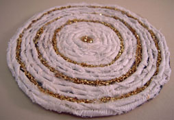 "1"" Scale Miniature Hand Crafted White and Gold Rag Rug"