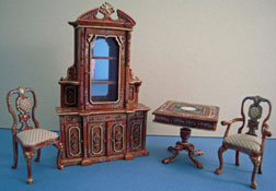 "Bespaq 1/2"" Scale Miniature Hand Painted Four Piece Carrington Curio Set"