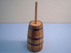 "1"" Scale Sir Thomas Thumb Wooden Butter Churn"