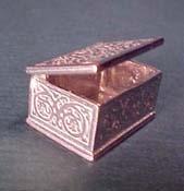 """Warwick Miniatures 1"""" Scale Trinket Box"""