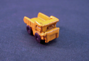 "2900 1"" scale yellow dump truck"