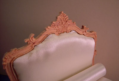 "1"" scale Bespaq Unfinished Louis XV Bed"
