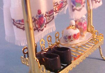 Reutter Brass Towel Stand