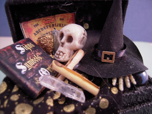 Filled Witch's Halloween Trunk 1:12 Scale