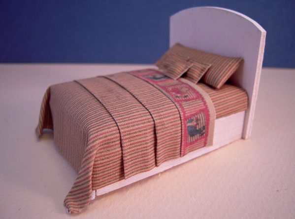 Cindy's Minis Beige Striped Dressed Child's Bed 1:24 scale
