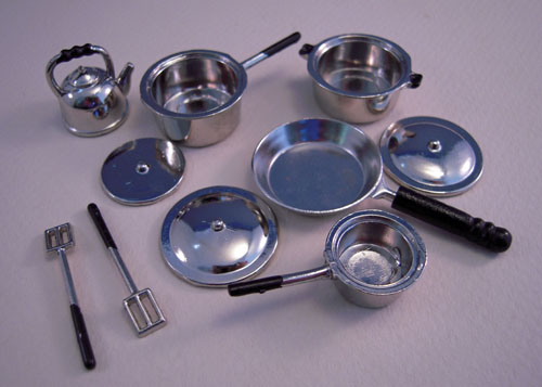 Ten Piece Stainless Look Cookware Set 1:12 Scale