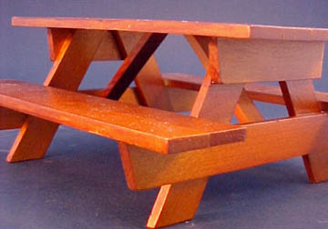 "GA007 1"" scale oak picnic table"