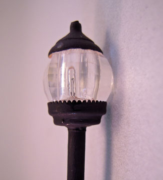 "hspol 1/2"" scale outdoor pole lamp"