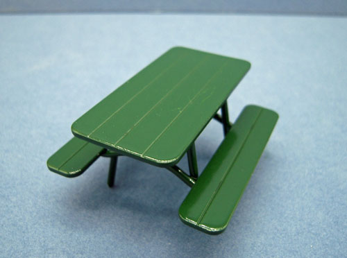 Green Picnic Table 1:24 scale