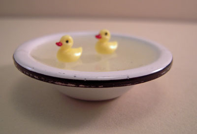 "1"" scale Karen Aird metal bowl of baby ducks"