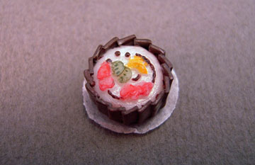 """ll1002ss 1/2"""" scale decorated cake"""