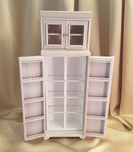 Majestic Mansions Washed White Cambridge Manor Refrigerator 1:12 Opened