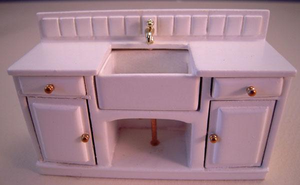 Sink Mountain Miniatures White Three Piece Kitchen Set 1:24 scale