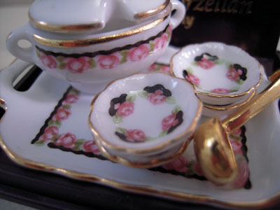 "1"" scale Reutter Porcelain Black Rose Soup Set"