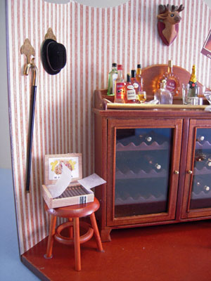 "Reutter Porcelain 1"" scale mini bar vignette"