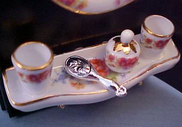 Reutter Dresden Rose Mirror Set