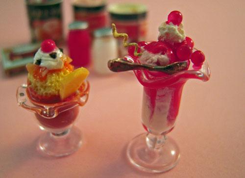 ESTATE SALE Nine Piece Ice Cream Set 1:12 scale