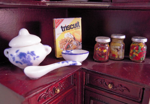 Estate Sale Bespaq Mahogany Filled Provencial Corner Kitchen Cabinet 1:12 Scale
