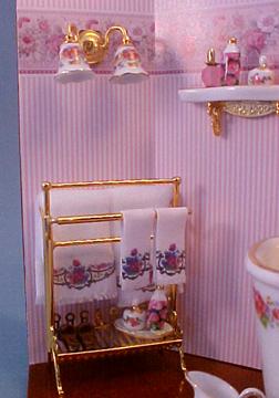 Reutter Brass Towel Stand 2