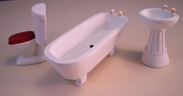 Three Piece White Bathroom Set 1:24 scale